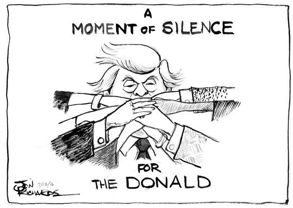 2016-07-13-1468442815-2186790-DonaldMomentofSilence.jpg