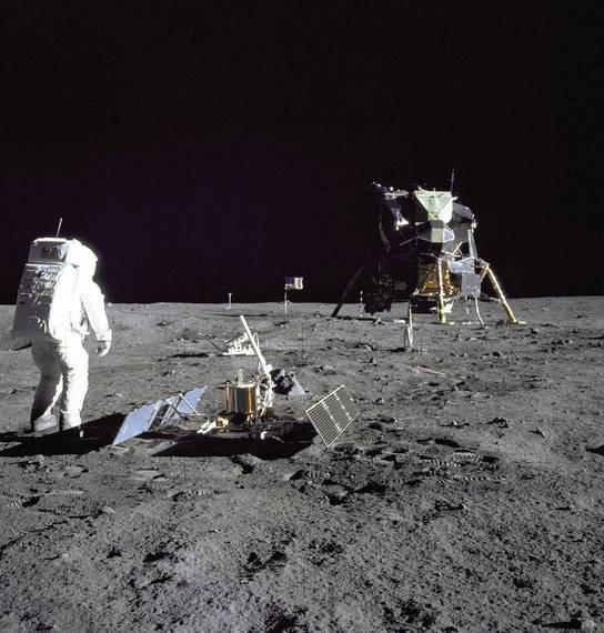 2016-07-18-1468872261-5842858-Apollo11.jpg