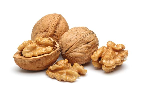 2016-07-19-1468963241-2759484-walnuts.jpg