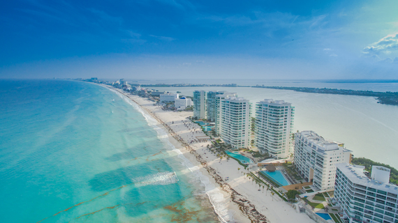 2016-07-21-1469131237-823807-Cancun43.jpg