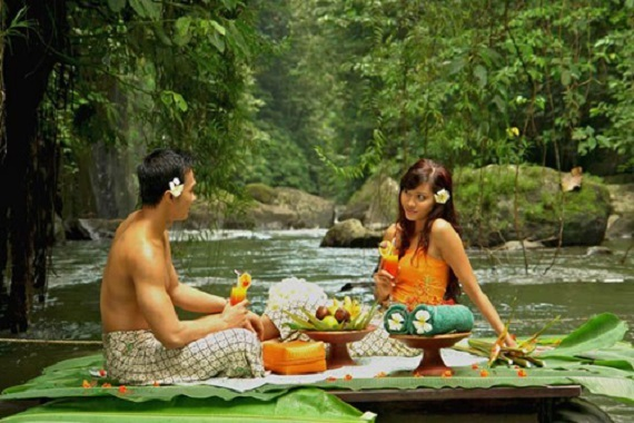 2016-07-22-1469163155-29814-VacationstoBaliandUBUDsart.jpg