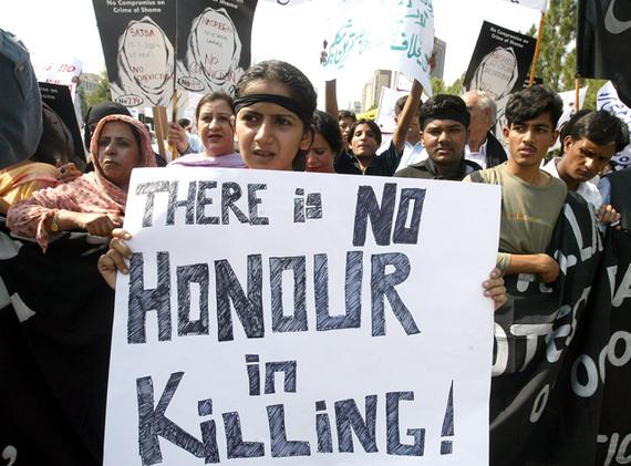 2016-07-24-1469404494-8293688-honorkillingprotestpakistanIP_0.jpg