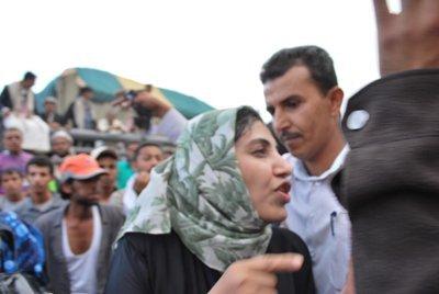 2016-07-25-1469444874-7056891-Yemeniwomen2.jpg