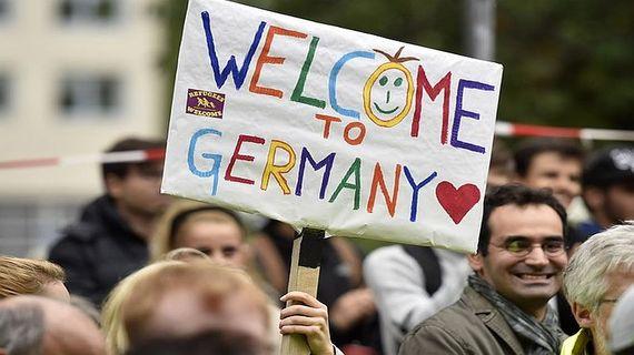 2016-07-26-1469573539-5720379-germanymuslimrefugees2.jpg