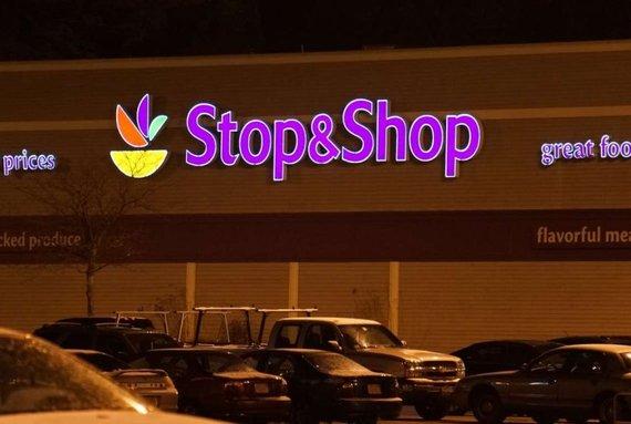 2016-07-27-1469638061-8294350-Stop__Shop.jpg