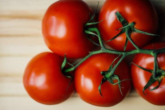 2016-07-27-1469641169-9382392-foodwoodtomatoes.jpg