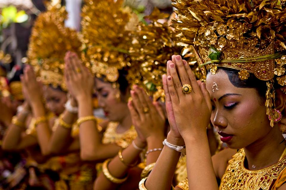 hindu vs egyption vs christian religion