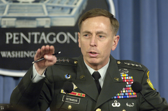2016-07-28-1469719067-655329-SunniDavid_H__Petraeus_press_briefing_2007.jpg