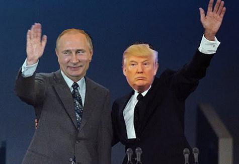 2016-07-28-1469725112-5305350-PutinTrump.jpg