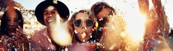 2016-07-29-1469811651-1001368-GirlsClub.jpg