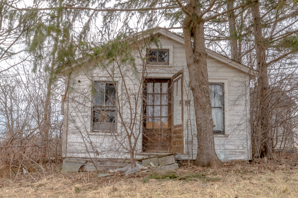 A Dying Breed Ontario S Forgotten Abandoned Houses