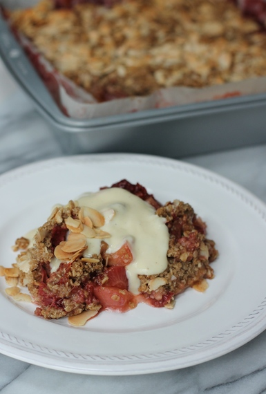 2016-08-02-1470173001-6838170-StrawberryNectarineAlmondCrumble.jpg