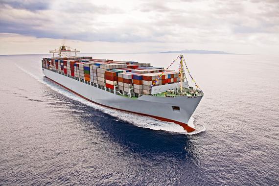 2016-08-04-1470327263-8410630-Containershipshutterstock_123914935.jpg