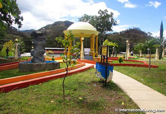 2016-08-06-1470505207-5822006-hpPublicParkMatagalpaNicaragua.jpg