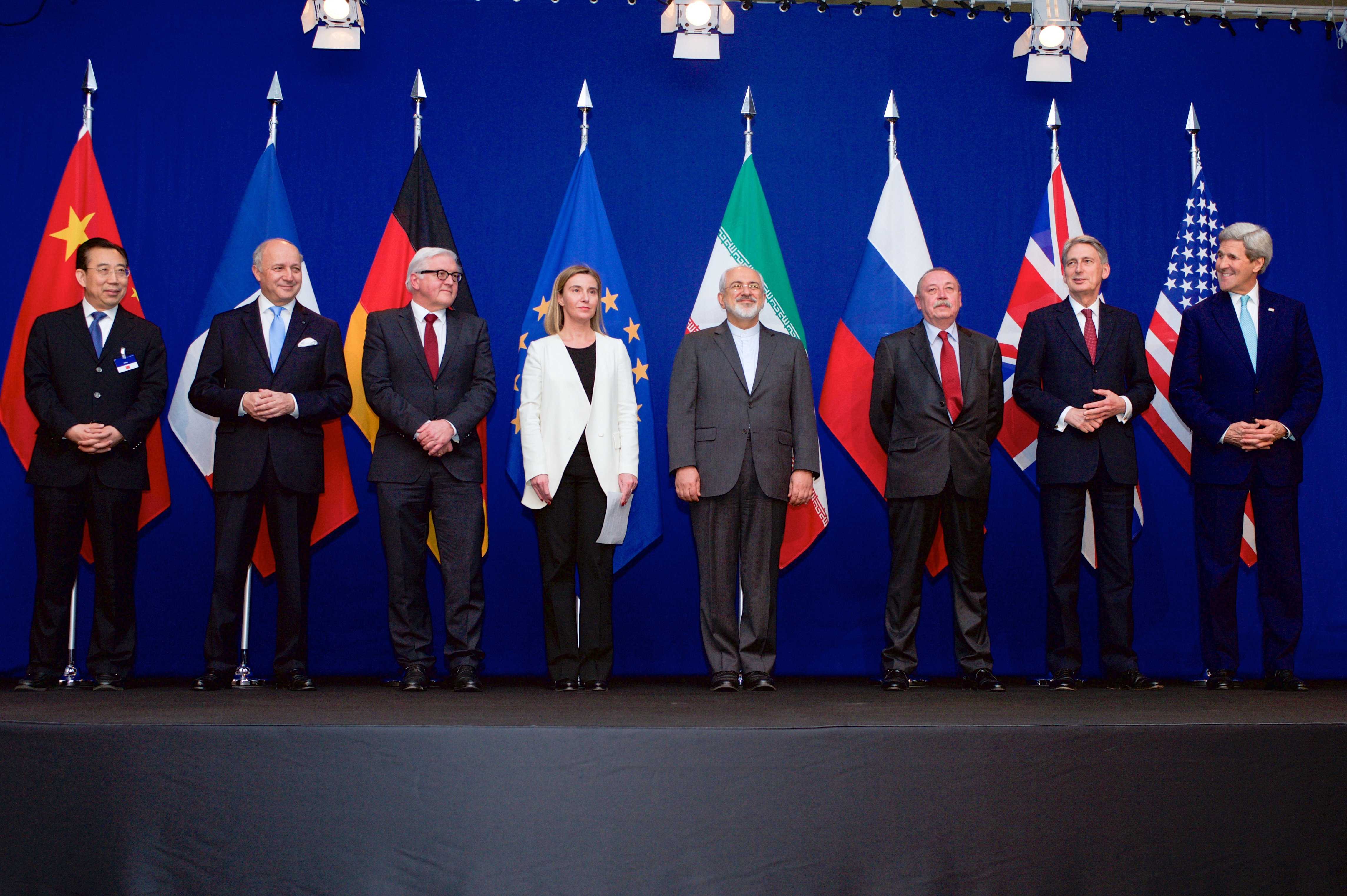 Newberg (OR) United States  city photo : Photo of P5 1 and the European Union Representatives Following ...