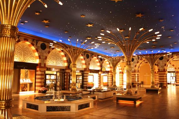 2016-08-08-1470686746-2037755-Dubai_MallDubai3161.JPG