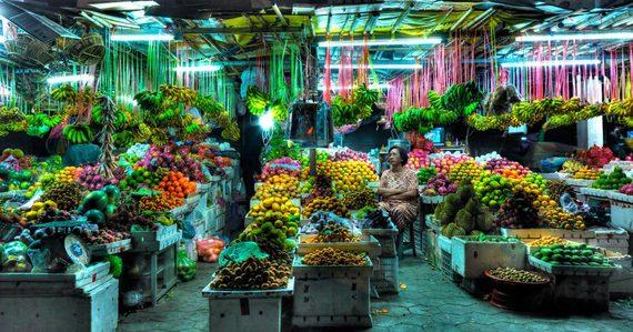 2016-08-09-1470702145-2671518-FruitMarketSiemReap2010Cambodia.jpg