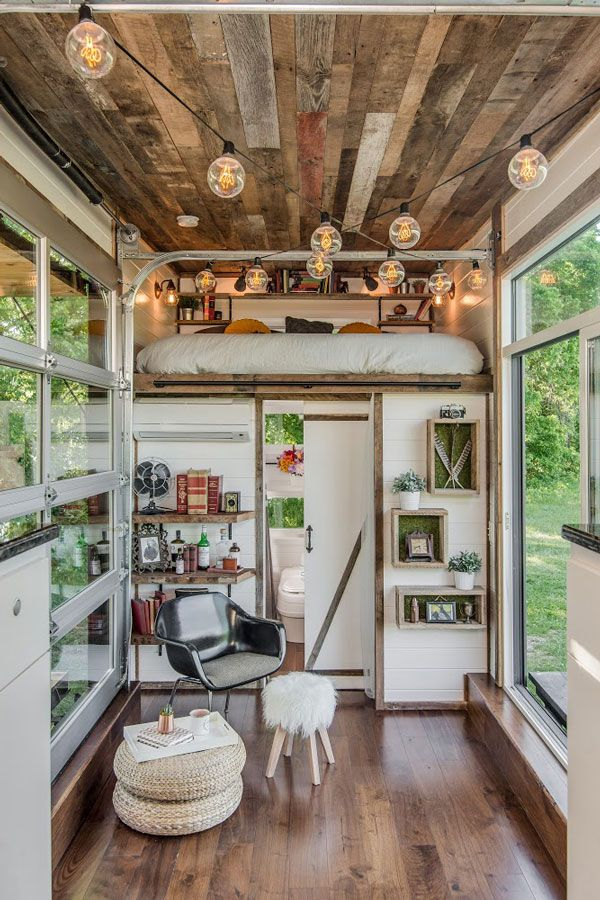 this gorgeous tiny house is proof that size doesn 39 t matter huffpost. Black Bedroom Furniture Sets. Home Design Ideas