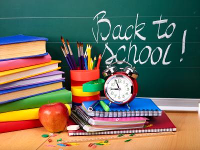 2016-08-09-1470777538-9351657-backtoschoolteachersdesk.jpg