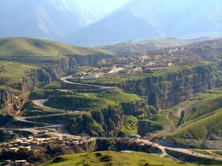 2016-08-14-1471150544-5512639-Rawanduz_Kurdistan_Region_Iraq__2012_08_29_h14m15s49__VR.jpg