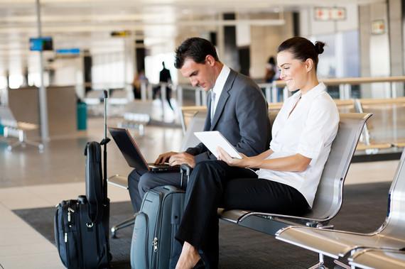 2016-08-17-1471455502-2523916-airportcoworkers.jpg