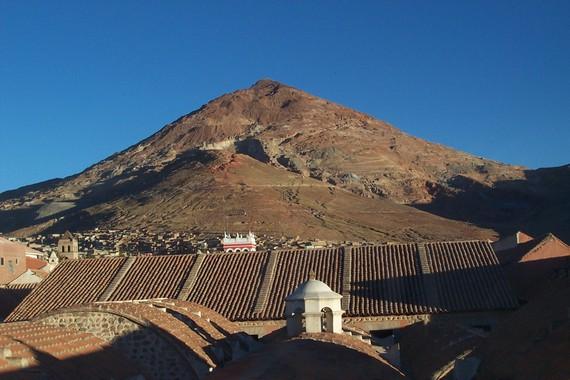 2016-08-17-1471458474-1012737-Cerro_ricco.jpg