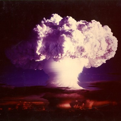 2016-08-22-1471883144-6883676-The_explosion_of_the_hydrogen_bomb_Ivy_Mike1.jpg
