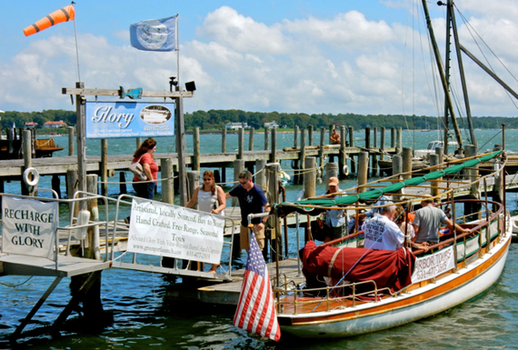 2016-08-24-1472066369-2000978-GlorySolarPoweredboatGreenport.jpg