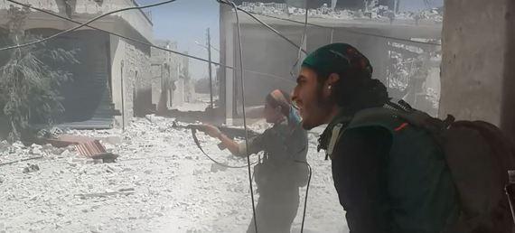 2016-08-25-1472132230-836337-SyrianCivilWarBatailledeManbij3.jpg