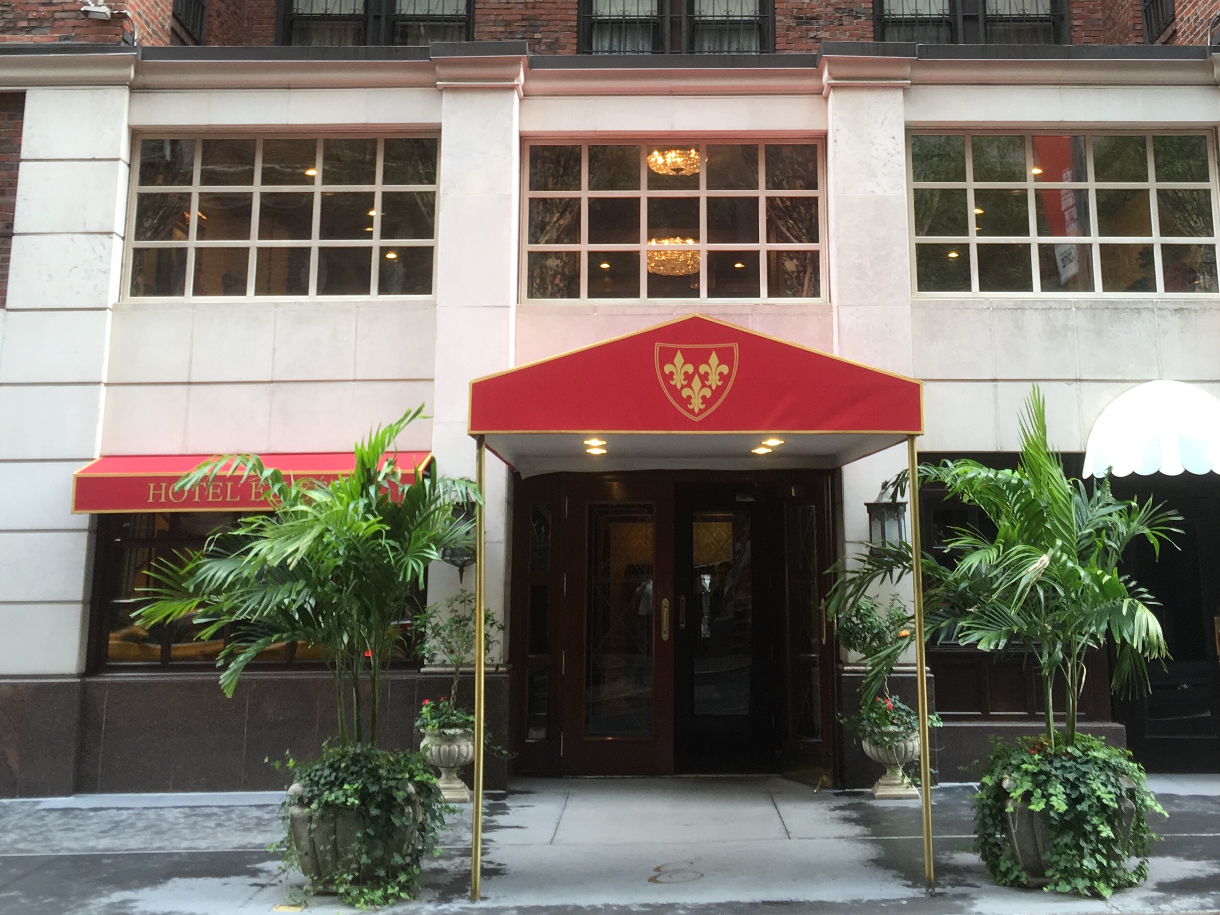 Nyc Travel The Hotel Elysee Huffpost Life