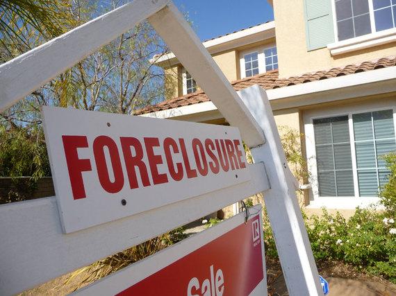 2016-08-29-1472437630-6742705-foreclosure.jpg