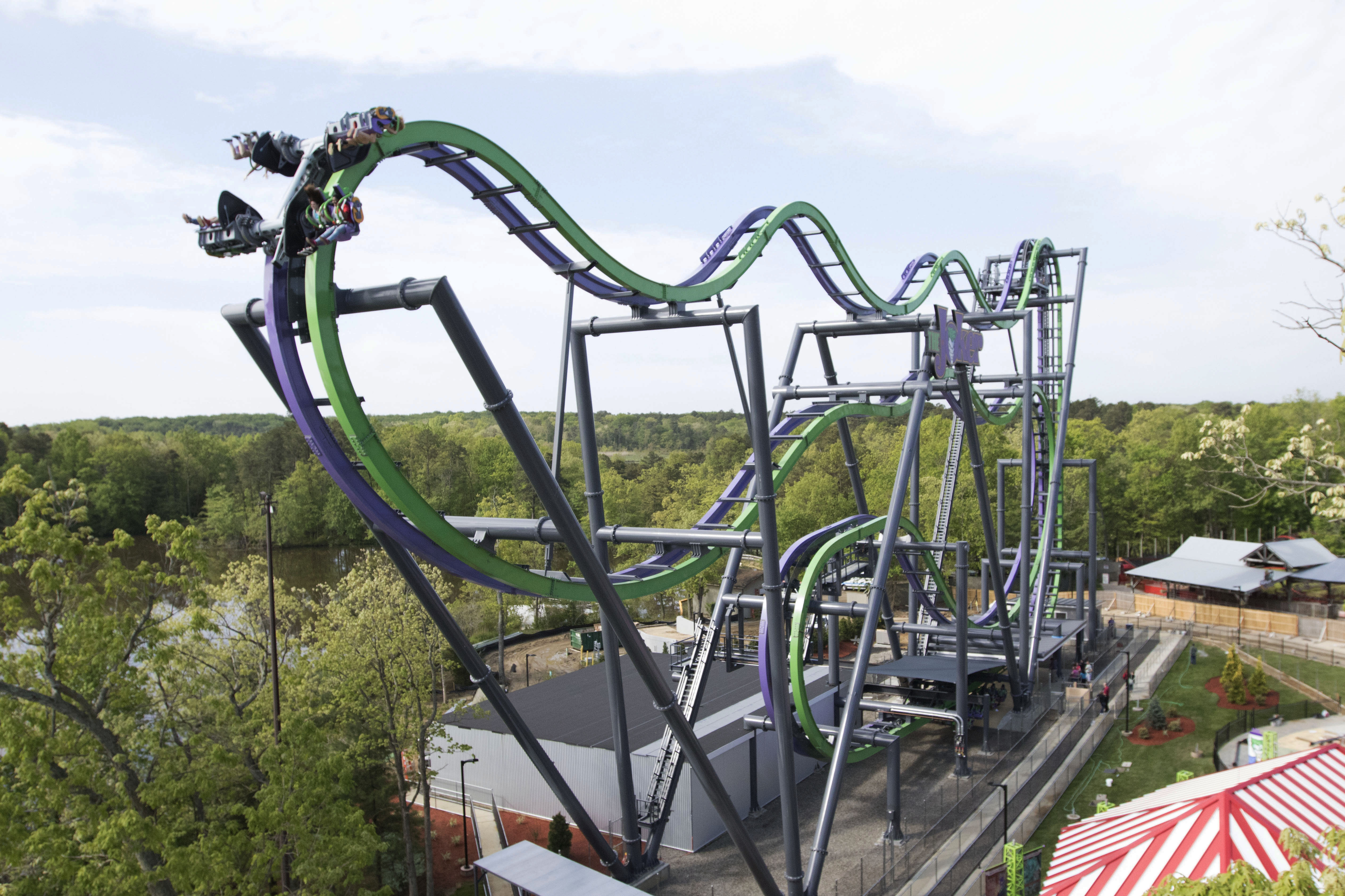 The new six flags ride 5