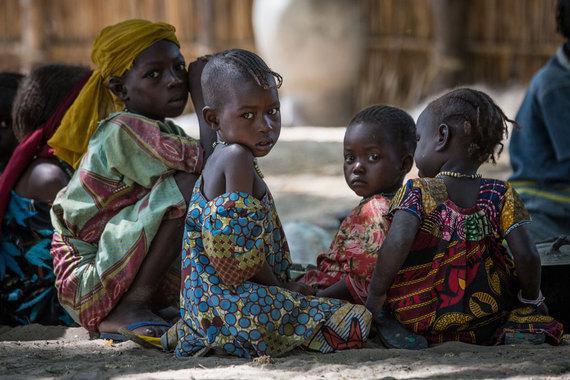 2016-09-01-1472742583-1965960-Lake_Chad_2016_UNICEF_UN028.jpg