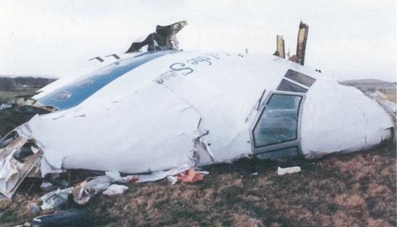 2016-09-10-1473551155-4721584-Pan_Am_Flight_103._Crashed_Lockerbie_Scotland_21_December_1988.jpg