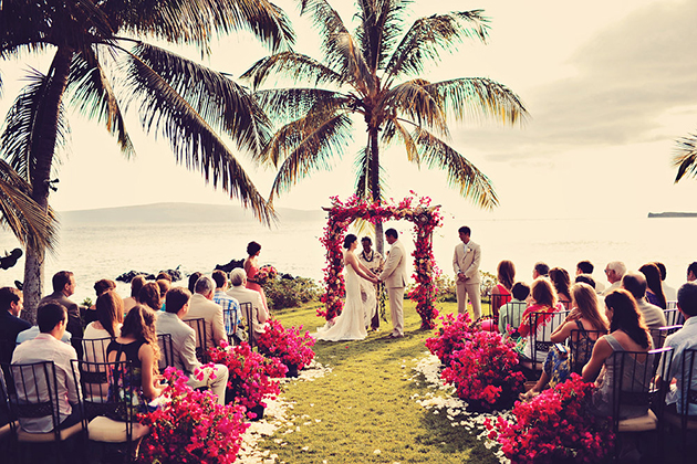 15 Best Destination Wedding Locations On A Budget: The Ultimate Guide To Planning A Destination Wedding On A