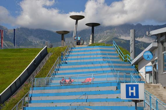 2016-09-15-1473950225-4037034-OlympiastadionInnsbruck.jpg