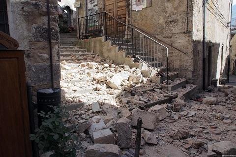 2016-09-16-1474013561-772148-terremoto02newosengai.jpg