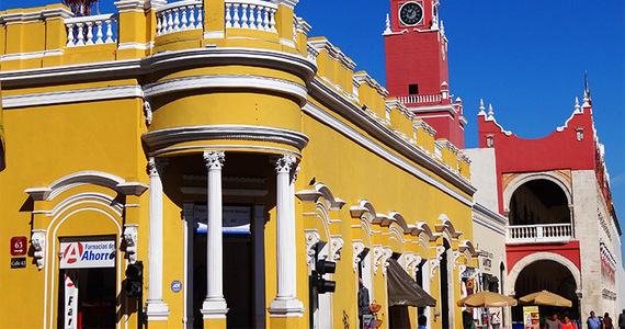 2016-09-16-1474045893-4285681-colonialfacadesinmeridamexico.jpg