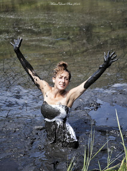 Women In Quicksand Videos