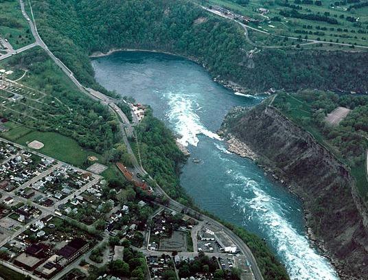 2016-09-18-1474165438-3360087-Niagara_Falls_Whirlpool_aerial_view.jpg