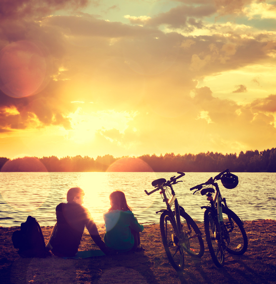 2016-09-19-1474308214-435847-Couplewithbikes_iStock_70626075_LARGE.jpg