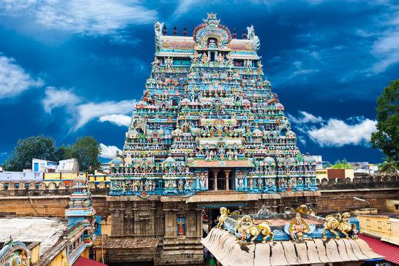 2016-09-22-1474568978-5354393-Indian_Family_Destinations_Thanjavur.jpg