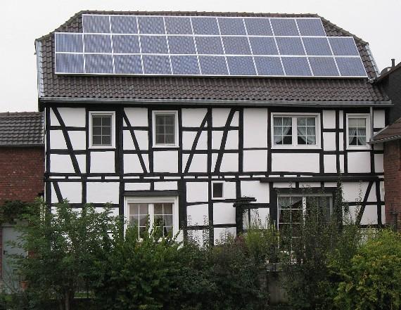 2016-09-25-1474775563-2796750-SolarFachwerkhaus_570_441.jpg
