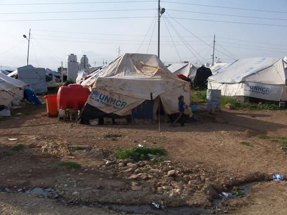 2016-09-25-1474809676-6070125-MosulArbat_Transit_Camp_332014.jpg