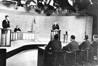 2016-09-27-1474979674-7612535-Kennedy_Nixon_Debat_1960.jpg