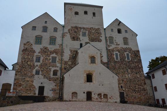 2016-09-28-1475061530-1576325-SchlossTurku.jpg