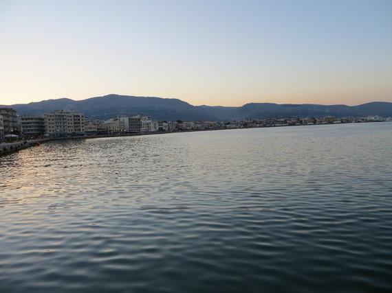 2016-09-30-1475269935-2616405-GreekIsdlandsTwoPhotos218.JPG