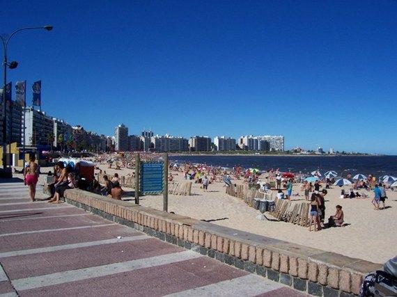 2016-10-04-1475607808-3455262-Wikpedia_uruguay.jpg