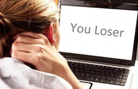 2016-10-05-1475677108-4396967-cyberbully3final.jpg