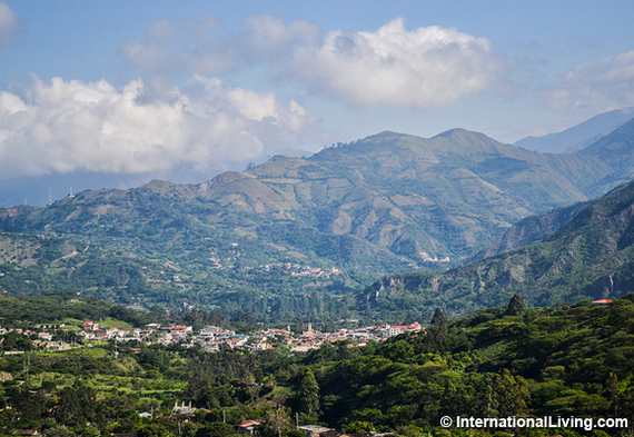 2016-10-09-1476022559-4742254-hpMorningviewofVilcabambaEcuadorfromthesurroundinghills.jpg